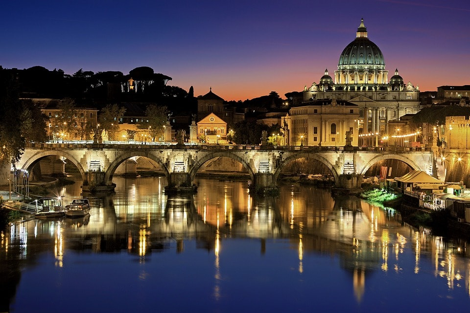 Things to do in Rome at night guide